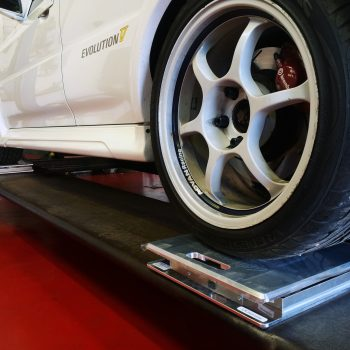 Corner Weighing & Wheel Alignment